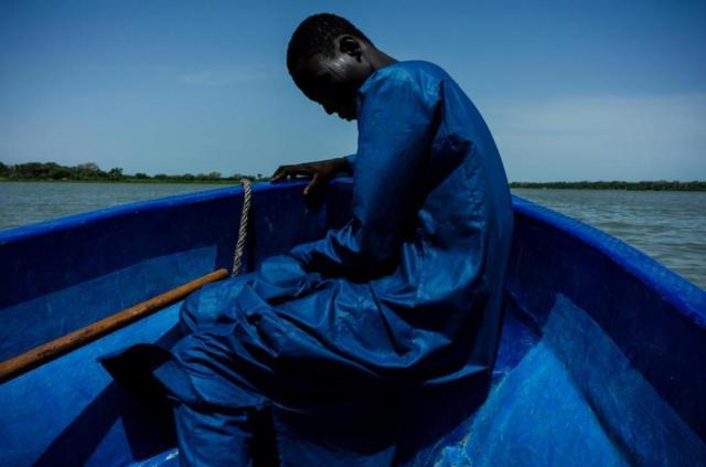 Benedicte_Kurzen_Bol_Buduma_from_the_series_Chronicles_of_the_Lake_Chad_Basin_2017_©Benedicte_Kurzen_TJ_Boulting_1000Pixels